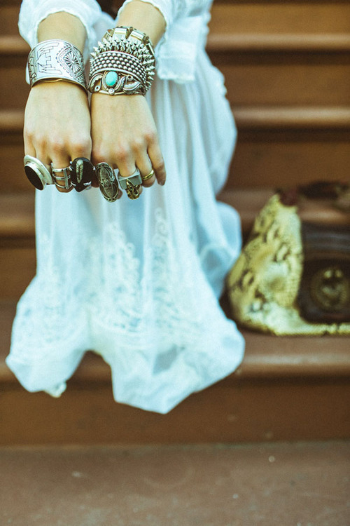 umitstay-lush:  hippie | Tumblr on @weheartit.com - http://whrt.it/W9CS2L