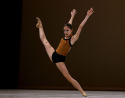 vaganovaboy:  Miko Fogarty performs her contemporary solo in the final round of the Prix de Lausanne 2013. :)