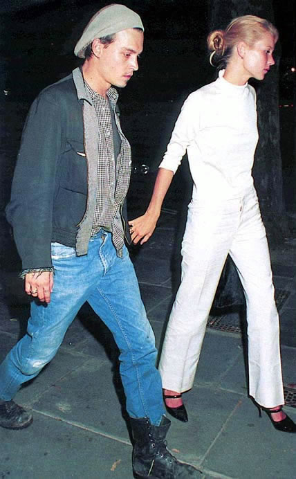 suicideblonde:  Johnny Depp and Kate Moss