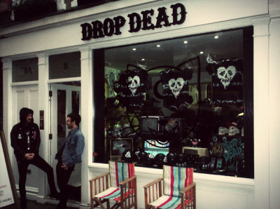 diamondxphotography:  Drop dead store london