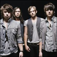 I am listening to Kings of Leon                                      Check-in to               Kings of Leon on GetGlue.com
