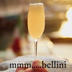 #bellinis#happyafternoon#piction#peaches#fullbar#daily#1pm (at View Wine Bar & Kitchen)