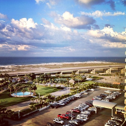 Nothing like an #oceanview err #gulfview from your room to make you smile… #simplygorgeous  (at Caribe Resort)