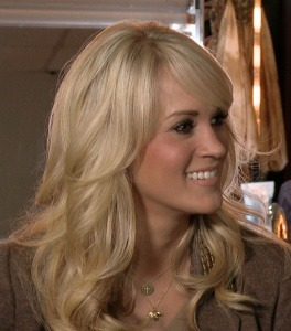 Congrats to Carrie Underwood who will be performing at the Grammy Awards on Feb 10!  We still love this image of her at the Country Music Awards in Nashville wearing our Elephant Heart Charm Necklace. Are you excited for Carrie's appearance?