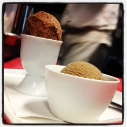 foodcurated:  We ended on homemade espresso ice cream & donuts.