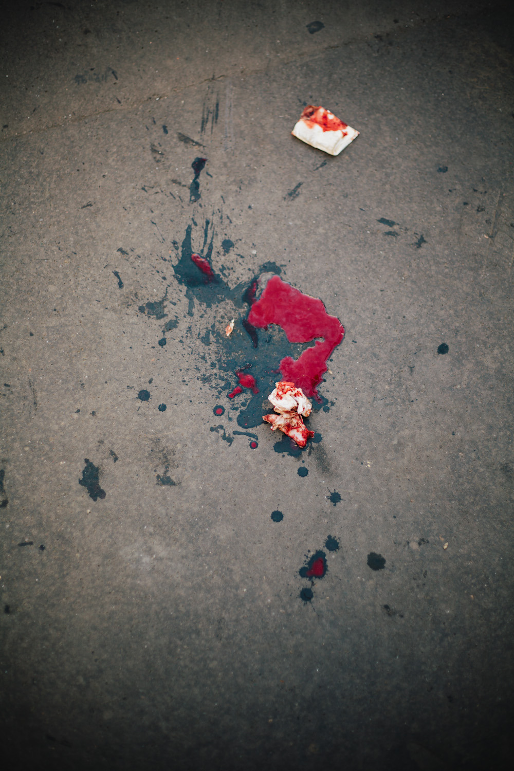 betoruizalonso:  Coagulated blood on Rue la Fayette, Paris. http://www.betoruizalonso.com/