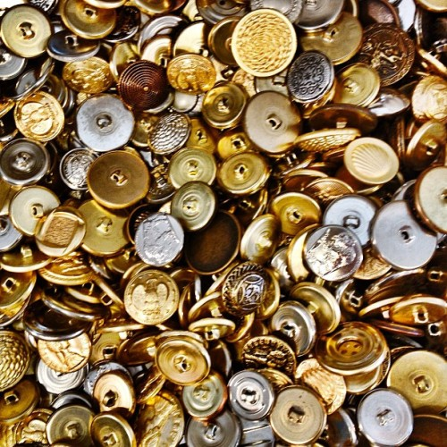 #gold #silver #buttons #vintage #brimfield