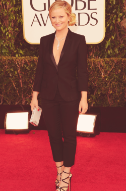 buffypierce:  amy poehler on golden globes 2013 red carpet