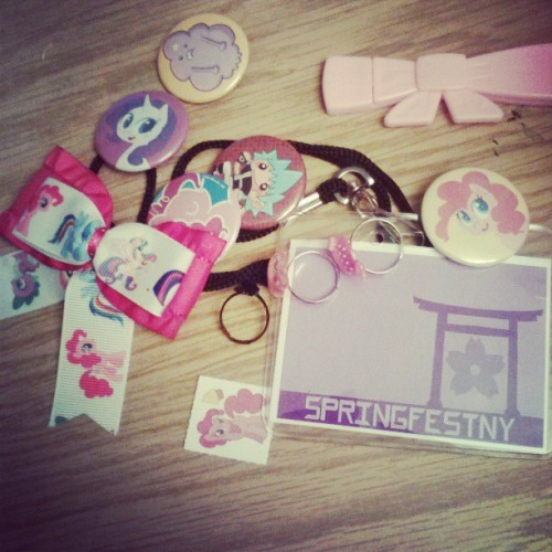 avoirtouteliberte:  My Convention goodies! #mlp #souleater #bows #barrettes #springfest #springfestny.com #checkoutvendors&artists pages
