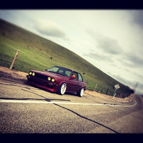 con safos. #e30 #euro #stance #325is #valley #drift