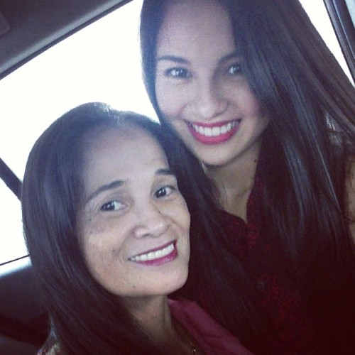 On our way to Starmall Alabang for @carmcurtissmith's mall show. ANG TARAY! 😜