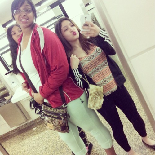 I'm so short , ha. @tori_baby24 & @reckless_breed