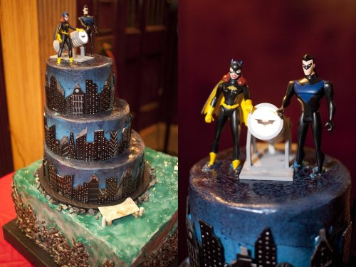 talkaboutspaceships:  Couple has really awesome Batgirl/Nightwing wedding cause they're awesome.(source: http://imgur.com/a/XSADm)