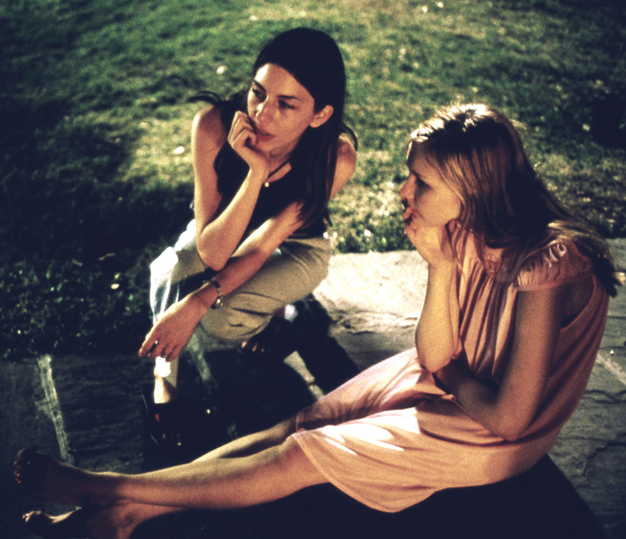 suicideblonde:  Sofia Coppola and Kirsten Dunst during the filming of The Virgin Suicides