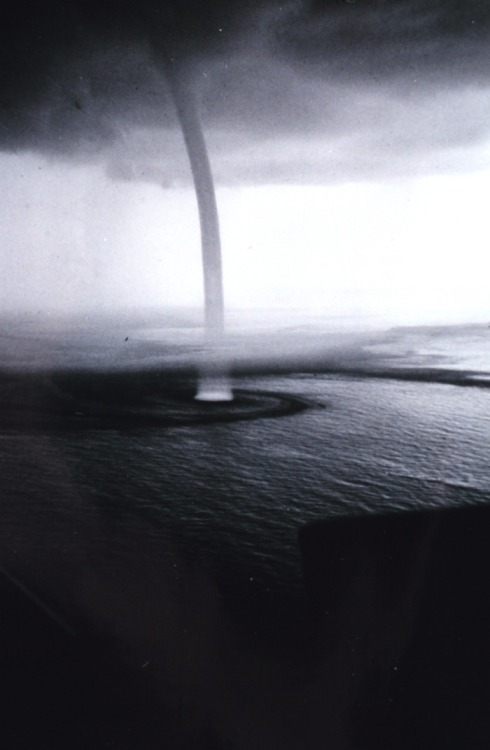 atavus:  Steve Nicklas - Water Spout, Florida Keys, 1974