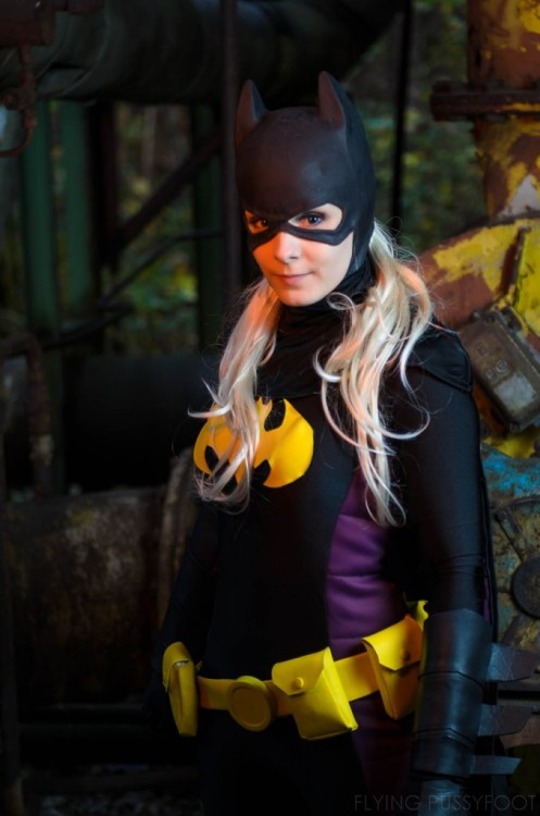 comicbookcosplay:  Stephanie Brown as Batgirl IV by Vandrob Submitted by gcoffee04