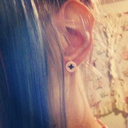 Cute little button earring