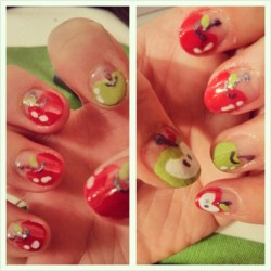 Apple #nails #nailart @bubzbeauty