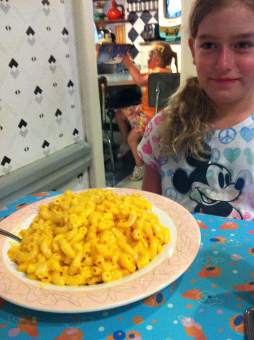 sarahrules55:  Rule #1 - Mac and Cheese makes life great!!!  My daughter's new blog - check out her rules! Follow! SarahRules.com