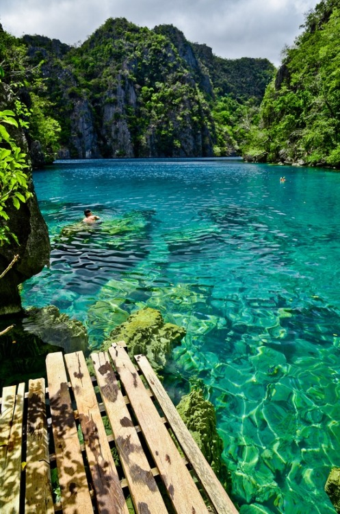 i must swim there..MUST >.<