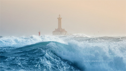 handa:  500px: - Porer lighthouse by Miroslav Dilberović
