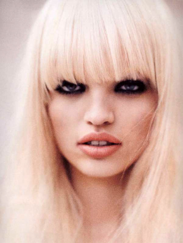 highonflowers:  daphne groeveld by hasse nielsen