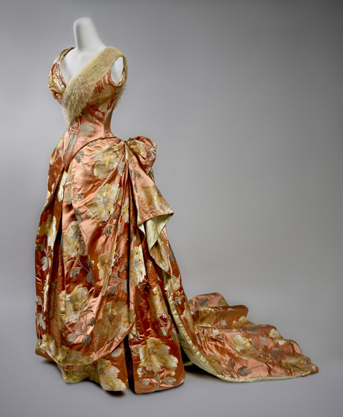Worth evening dress ca. 1890 From the Preservation Society of Newport County via Jane Design Studio