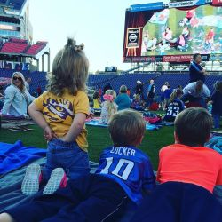 minions-with-my-minions-at-nissan-stadium