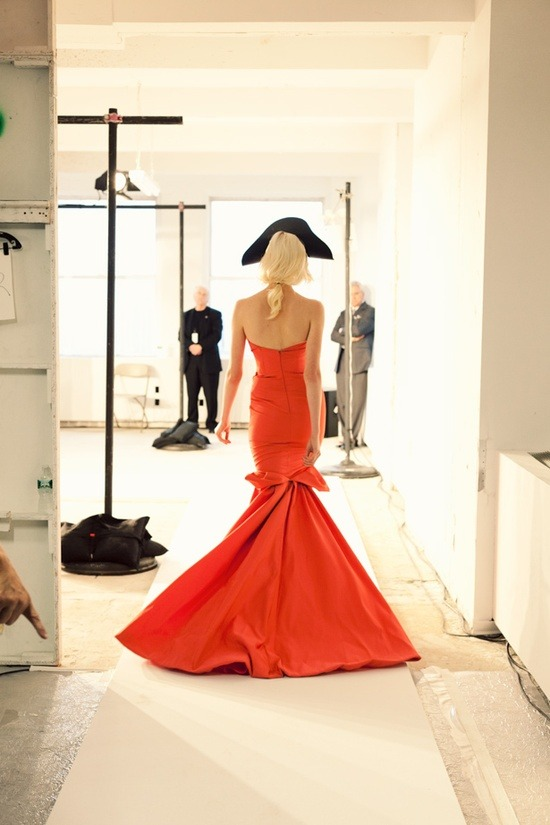 erinax:  No words for this Oscar de la Renta gown.  Photo by Jamie Beck.
