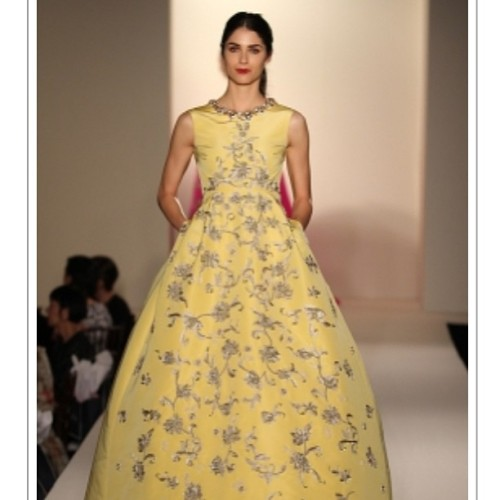I felt like Belle from Beauty and the Beast last Wednesday at the Oscar de la Renta show at the Beverly Wilshire. #lamodels #oscardelarenta #fashionshow #belle 💗