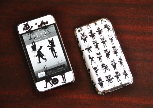 My cousin Anne's old ipod, with my bats print. My uncle, her dad, is a professor of animal ecology and conversation, with a special interest in bats.
