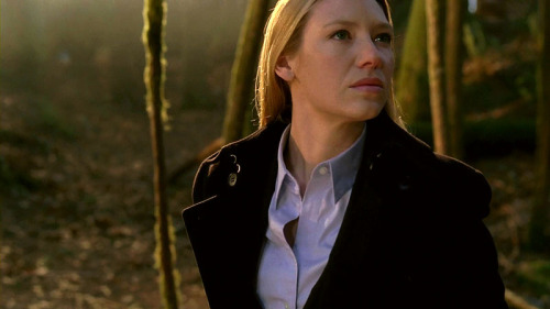 forestofdreams:  Olivia Dunham caps - 2x14 Jacksonville