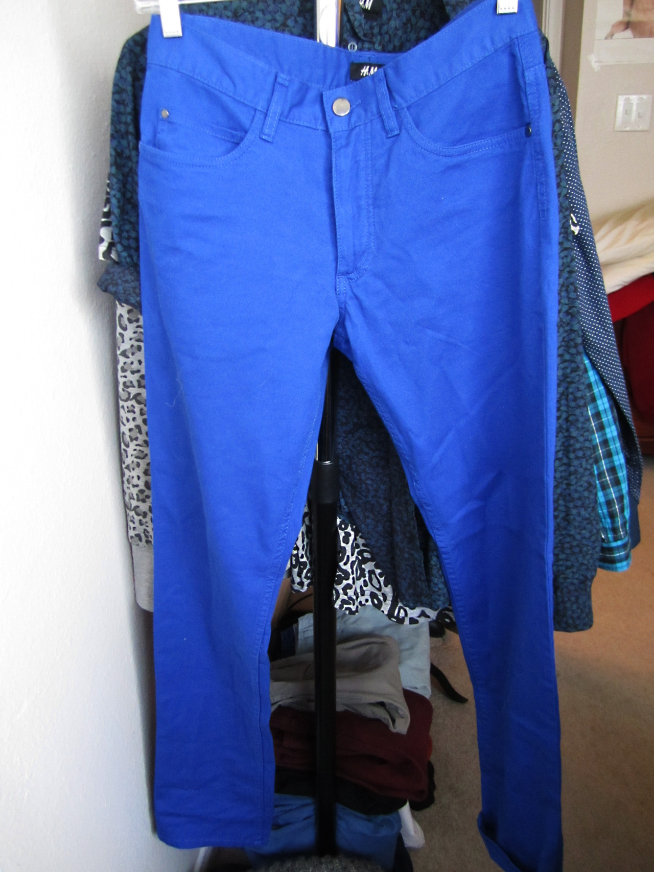 Cobalt Blue: Trousers  I cant even tell you how many pieces I have in my closet of this color, but I mean how could you blame me? No one does a good cobalt blue like Prada but I did pick up this pair of pants from H&M and I cannot wait to wardrobe them! I think that this color is going to be huge and I am certainly not complaining :)
