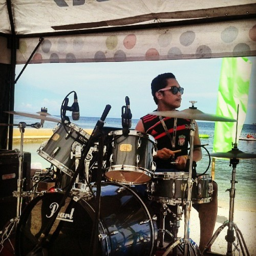 Super cute drummer Dookie!! #Drums #drummer #cute #best #1and1Cebu #SummerParty #summer #party  (at BE Resorts Mactan)