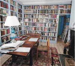 amandaonwriting:  Where Writers Write - Colm Tóibín