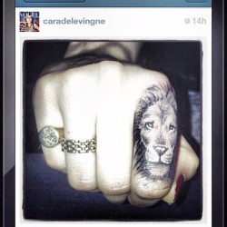 💣#raaaaaaaawwr ya bishhh! @caradelevingne new #fingerink is toooo #raw and we couldn't help but #repost it!  Where are all the #lion #lovers at!? ❤ 💣 #iheartmashoes #michaelantonio #tattoo #ink #streetfashion #chic #modellife #ootd #lovingit #stepup #caradelevingne #girlcrush