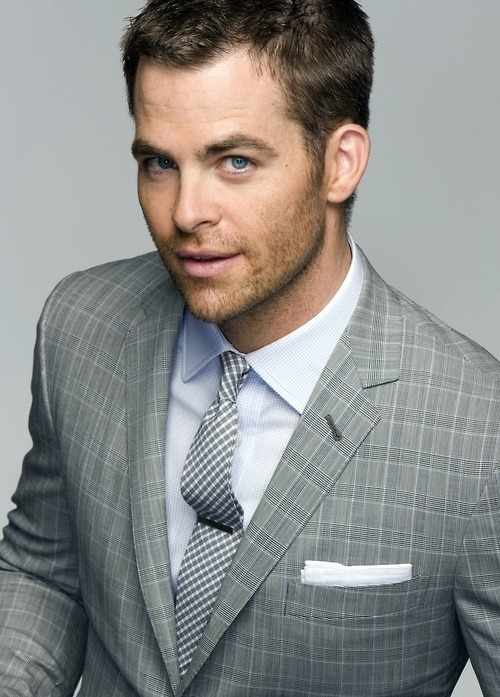 bearded-ness:  Chris Pine