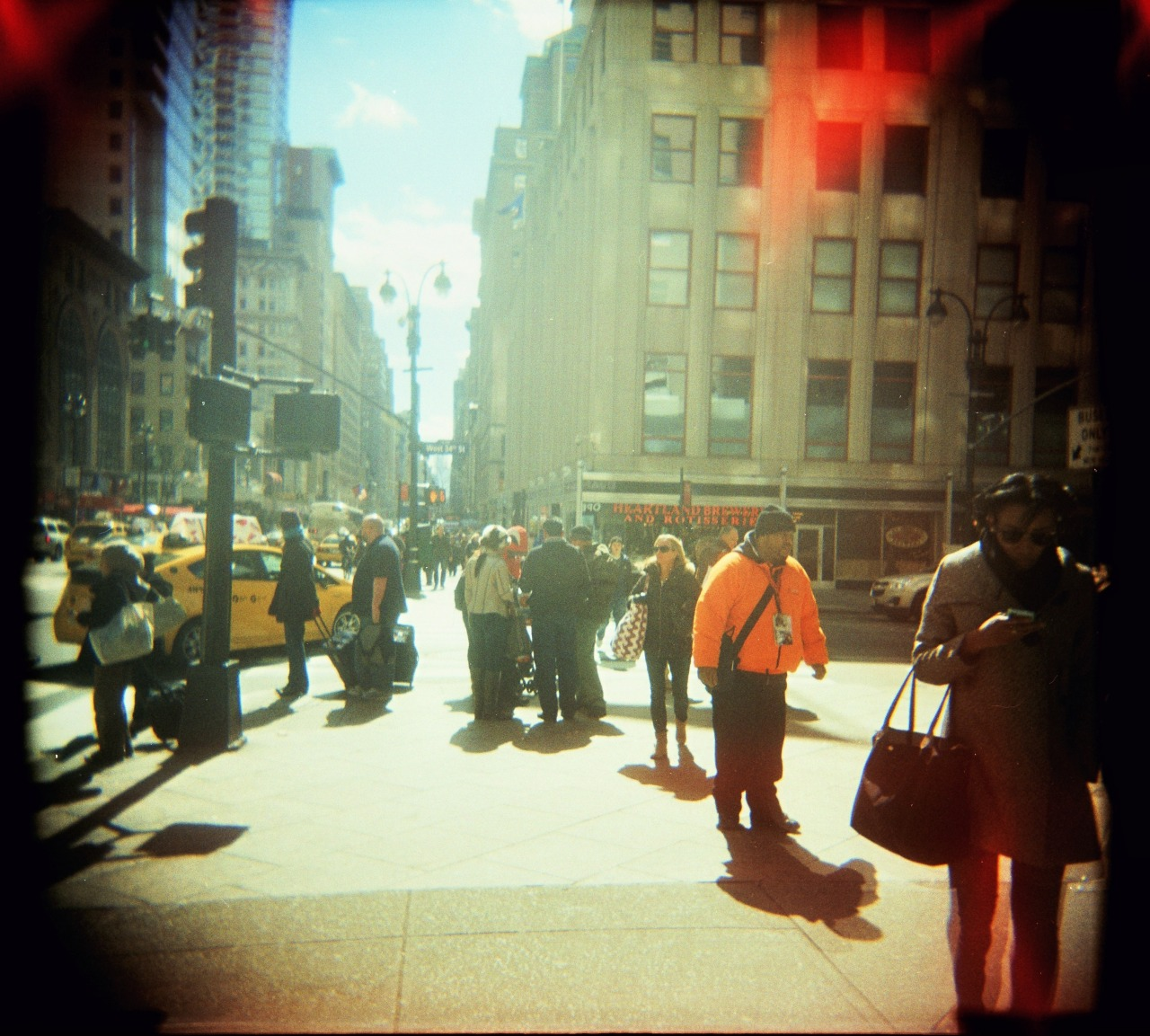 Busted out the Holga again! But this time, in color. I was fully expecting this roll not to come out, but lo and behold, maagic. I've gotten in the habit of only really taking any pictures while at home, but I'm warming up to Chicago, so I'll try to be better about that. (Also, look out for Hong Kong this summer!)