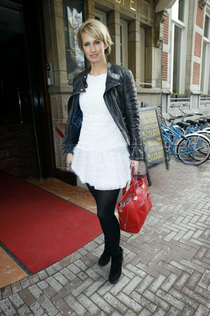 Anouk Smulders wearing her Ivy in dashing red! We love it!