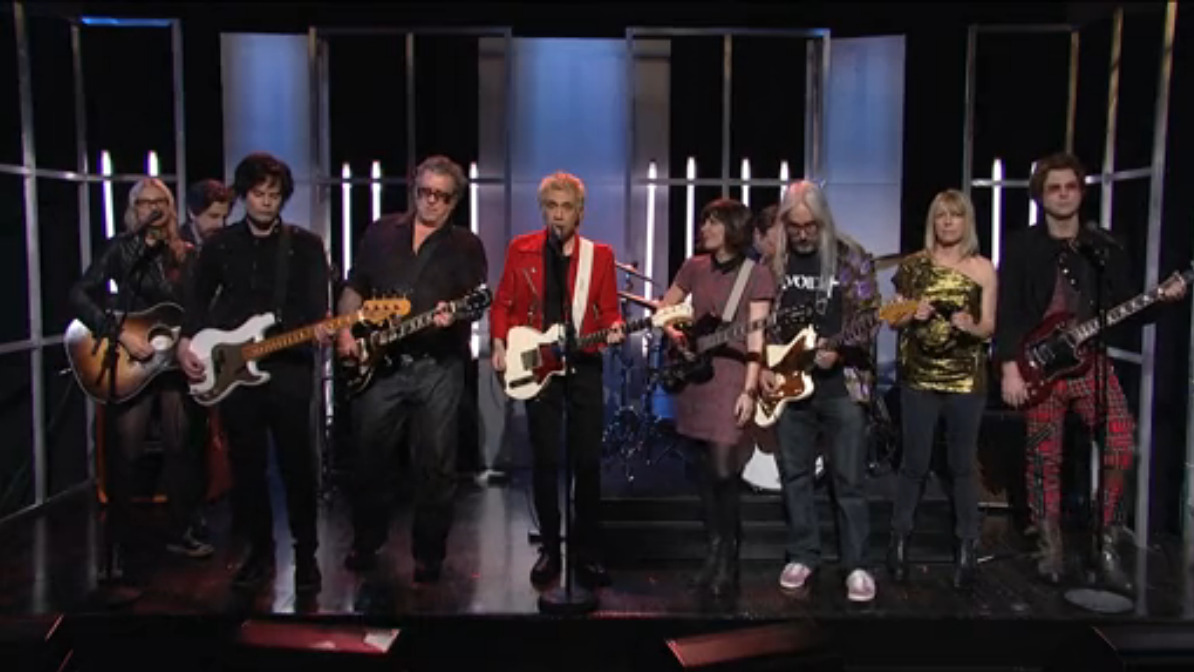 "rollingstone:  Watch the closing skit of last night's SNL where Fred Armisen (as Ian Rubbish) sang a wistfully optimistic little number called ""It's a Lovely Day."" He was backed by fellow departing castmate Bill Hader, Jason Sudekis and Taran Killam as the Bizarros. Portlandia co-creator Carrie Brownstein, followed by a supergroup's worth of other indie rock royalty: Kim Gordon, J. Mascis, Steve Jones, Aimee Mann and Michael Penn, also joined in on the song."