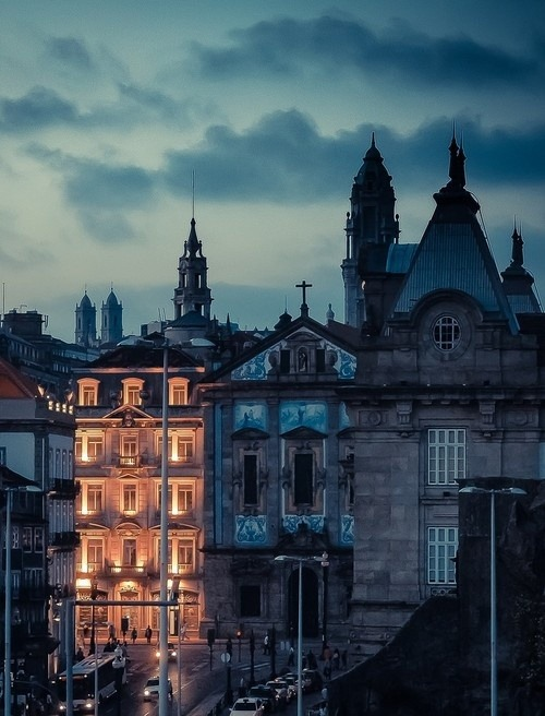 Dusk, Porto Portugal photo via vince