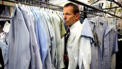 tonyabbottlookingatthings:  looking at shirts