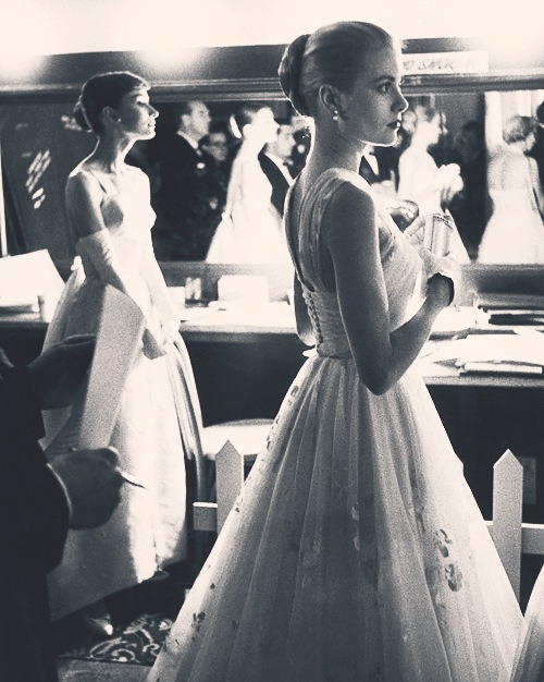 whatgracelikes:  sexy-to-boot:  Vintage..  Audrey and Grace!