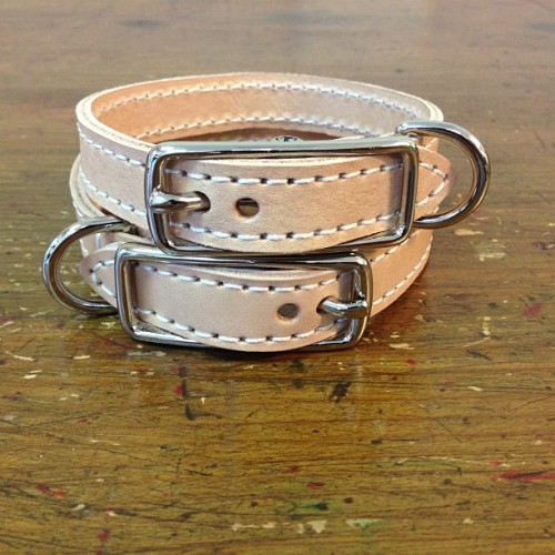 Matching #custom his and hers #leather #dog collars for a local walk in customer. #madebyhand #madeinusa #madeinorlando #instapup #instadog  (at Hellbrand Leatherworks)