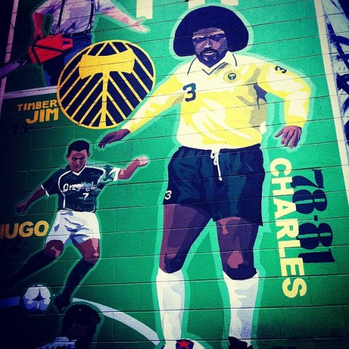 Stopped by the Cheerful Bullpen and found a nice mural of Portland Timbers legend Clive Charles.  @timbersarmy @timbersfc #roadtrippin #lifeisgood  (at The Cheerful Bullpen)