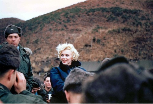 1954: Marilyn Monroe in Korea