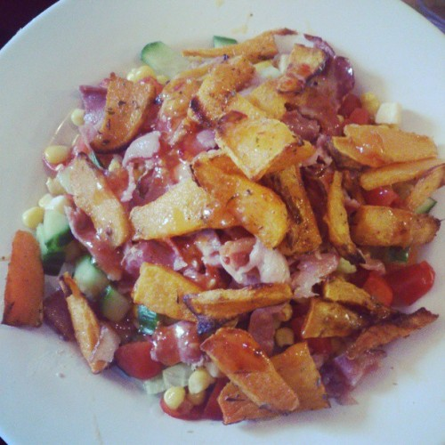 wellthatgirlsaheartbreaker:  Massive fat persons lunch! #yum #sweetpotatofries #salad #cucumber #bacon #sweetcorn #tomato #cheese  #sweetchillisauce #addictedtochilli #lunch #instagood #instadaily