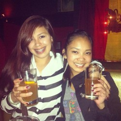 Blue Moon Monday🍻 @mikayluhfuhreus #lastnight #sf #skylark #mission #valencia #patronshots #beer #bluemoon #oranges