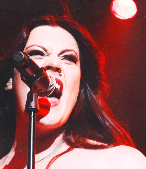 Floor Jansen, ReVamp, Nightwish, ex-After Forever   Being awesome as usual…