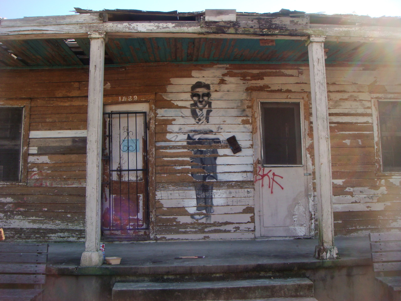 rustylazer:  1029 Piety St., before The Music Box was built (phase one of #Dithyrambalina) A creole cottage formerly owned by Mr. Jake (the man in the stencil in the 4th photo)